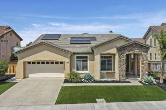 6 Blue Elder Ct in American Canyon 94503