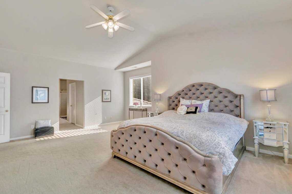 9796-Weddington-Cir-Granite-large-036-45-Weddington-43-1500x1000-72dpi